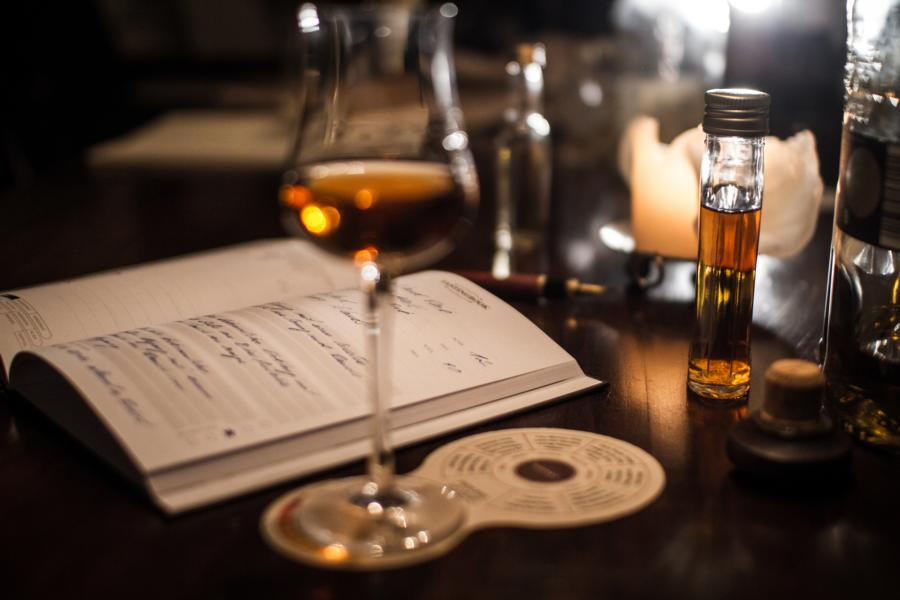 Tastingbook - Whisky Tasting Notes // Herr Lutz