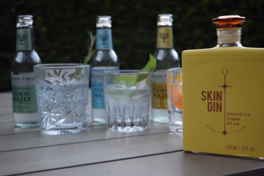 Skin Gin // Herr Lutz